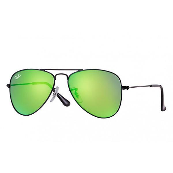 Fake Ray Ban RB9506S Aviator Junior Sunglasses Black Frame Green ... a23727e31d39